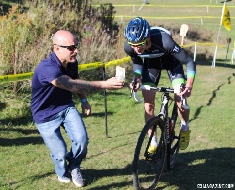 By the end of the race, the only real question was if Schouten would take the beer hand-up. 2017 Flyover Silver Creek. © Z. Schuster / Cyclocross Magazine