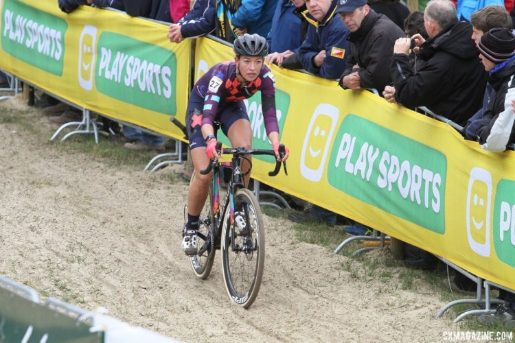 Sophie de Boer rode a strong second at Koksijde. 2017 World Cup Koksijde. © B. Hazen / Cyclocross