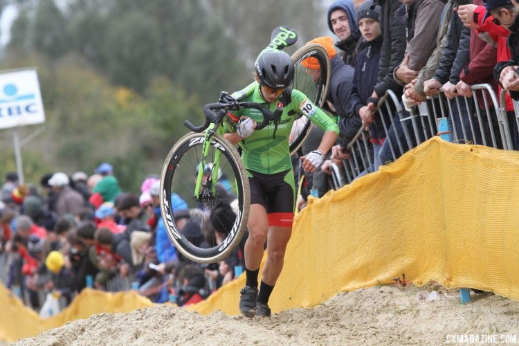 Kaitie Keough finished eighth at Koksijde. 2017 World Cup Koksijde. © B. Hazen / Cyclocross