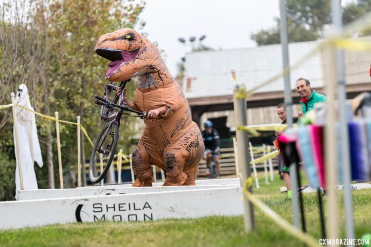 T Rex shows everyone how to run the barriers with baby arms. 2017 Surf City Cyclocross © J. Vander Stucken / cxmagazine.com