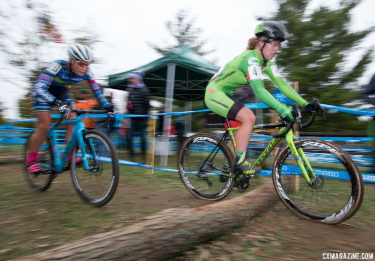 Two logs were the only real obstacles on the course. Unlike Saturday, most riders spent the entire race on the bike. Elite Women, 2017 Cincinnati Cyclocross, Day 2, Harbin Park. © Cyclocross Magazine