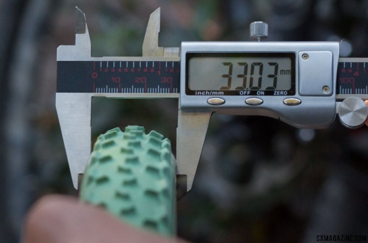 The upcoming FMB Grippo S silica mud tubular measures almost exactly 33mm at 20 psi. © Cyclocross Magazine