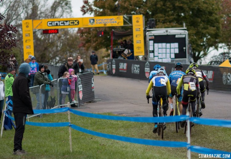 Day 2 brought Gunsalus and Gomez Villafane to the front group to form a final five to contest the final lap. Junior Men, 2017 Cincinnati Cyclocross, Day 2, Harbin Park. © Cyclocross Magazine