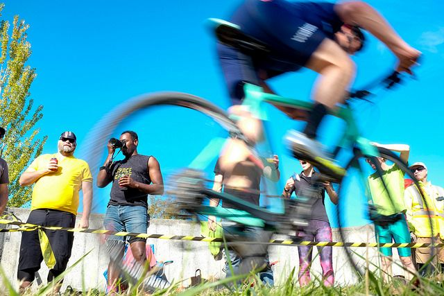 With nearly 1,000 riders, the races brought great energy. MFG Cyclocross #4. photo: G. Crofoot