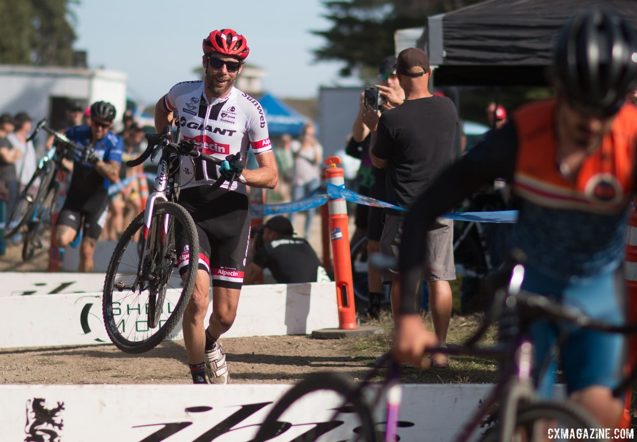 Road pro Laurens ten Dam sampled the local racing scene at the 2016 Rock Lobster Cup. © Cyclocross Magazine