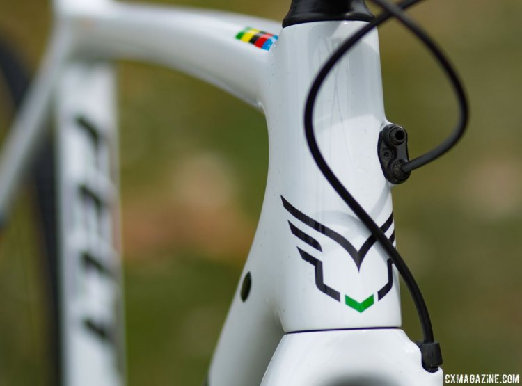 Wout van Aert's carbon Felt cyclocross bike plays hide and seek with the hoses and housing. © Cyclocross Magazine