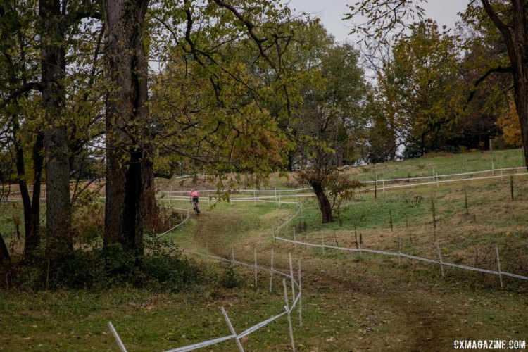 Riders enter the technical second half of the course via a long descent. 2017 Derby City Cup, © D. Perker / Cyclocross Magazine