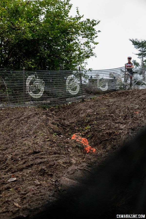 The last technical section features an impressive rut. 2017 Derby City Cup. © D. Perker / Cyclocross Magazine