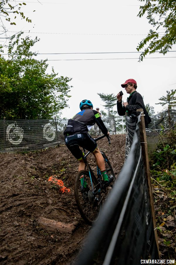 It is going to take the right line to ride the muddy, rutted technical section before the finish. 2017 Derby City Cup. © D. Perker / Cyclocross Magazine