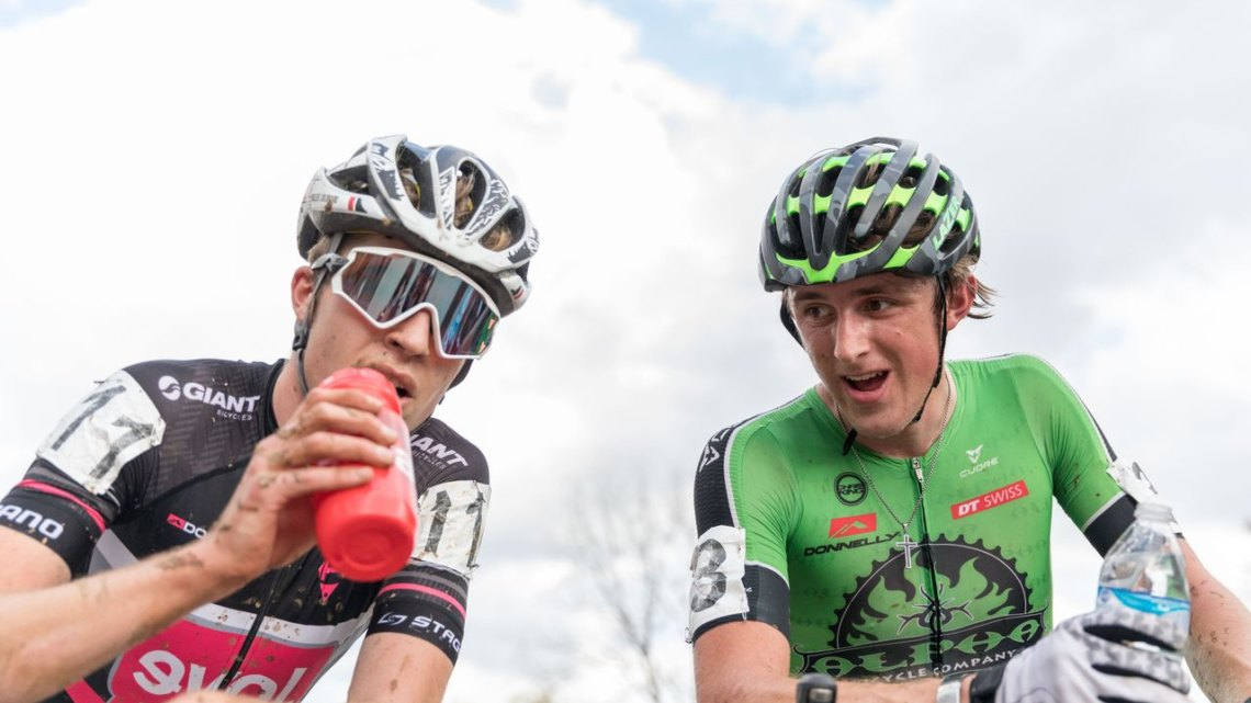 Gage Hecht and Eric Brunner lined up next to each other and then had a battle in the race. 2017 Pan-American Championships. © D. Perker / Cyclocross Magazine