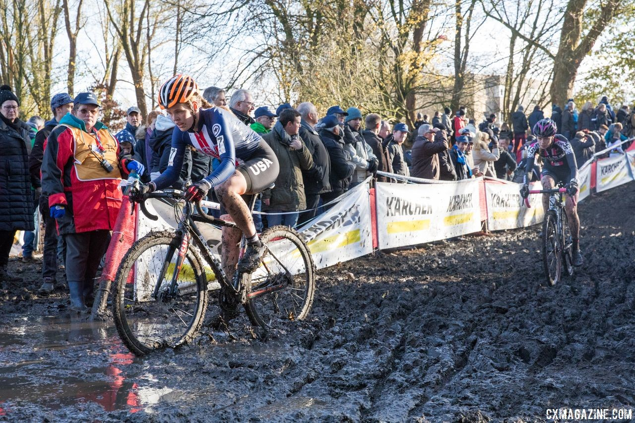 Clara Honsinger's trip to international mud started in Oregon. 2017 Flandriencross. © J. Curtes / Cyclocross Magazine