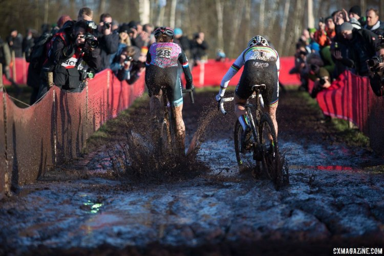 Helen Wyman and Sanne Cant blast through the mud puddles. © B. Hamvas / Cyclocross Magazine