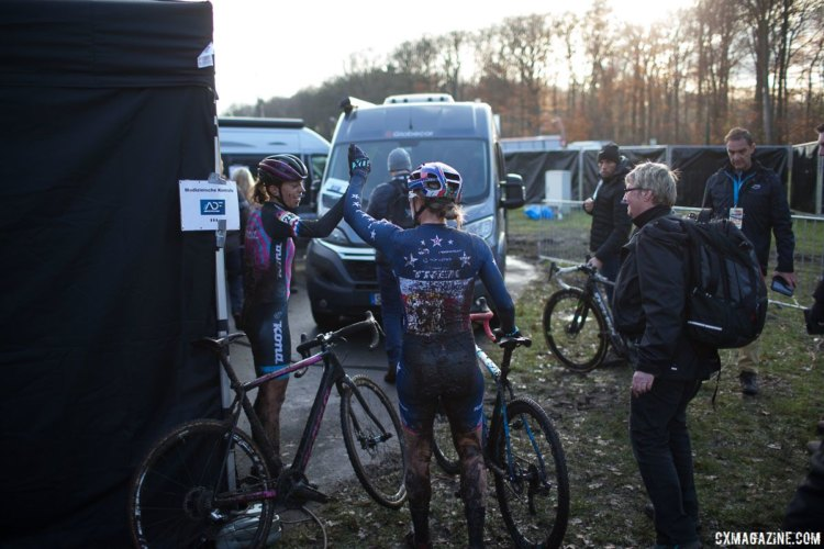 Helen Wyman and Katie Compton share a high five after their battle. © B. Hamvas / Cyclocross Magazine