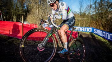 Sanne Cant certainly has avoided the curse of the rainbow jersey so far this season. Elite Women, 2017 Zeven UCI Cyclocross World Cup. © J. Curtes / Cyclocross Magazine