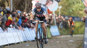 Katie Compton held off Jolien Verschuerent to take second. 2017 Women's Koppenbergcross. © B. Hazen / Cyclocross Magazine