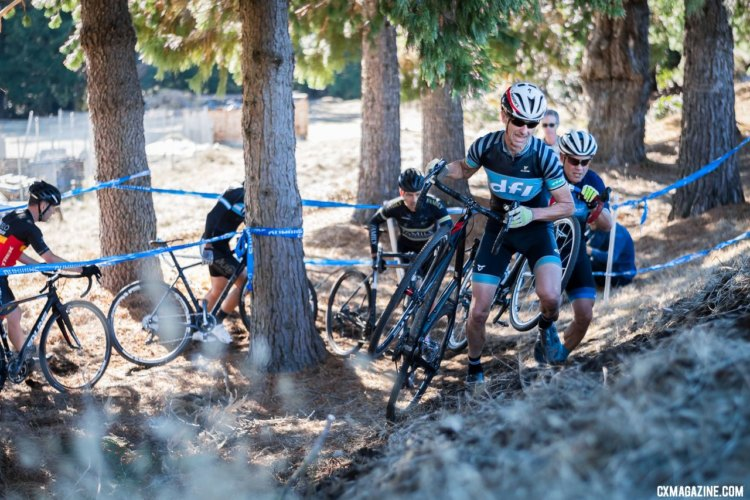 Masters A Men featured a large group chasing eventual winner Justin Robinson. 2017 Surf City Cyclocross, Calfire Training Facility. © J. Vander Stucken