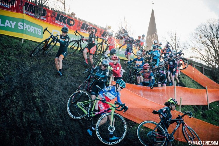 The early laps were mayhem on the steep descents. 2017 Bogense UCI Cyclocross World Cup. © J. Curtes / Cyclocross Magazine