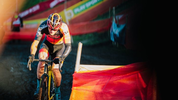 Steve Chainel and his Chazal Canyon kit blend into the scenery. 2017 Bogense UCI Cyclocross World Cup. © J. Curtes / Cyclocross Magazine