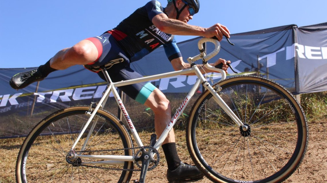 Jeff Curtes still rides the Vanilla singlespeed he bought from Sacha White. © Z. Schuster / Cyclocross Magazine