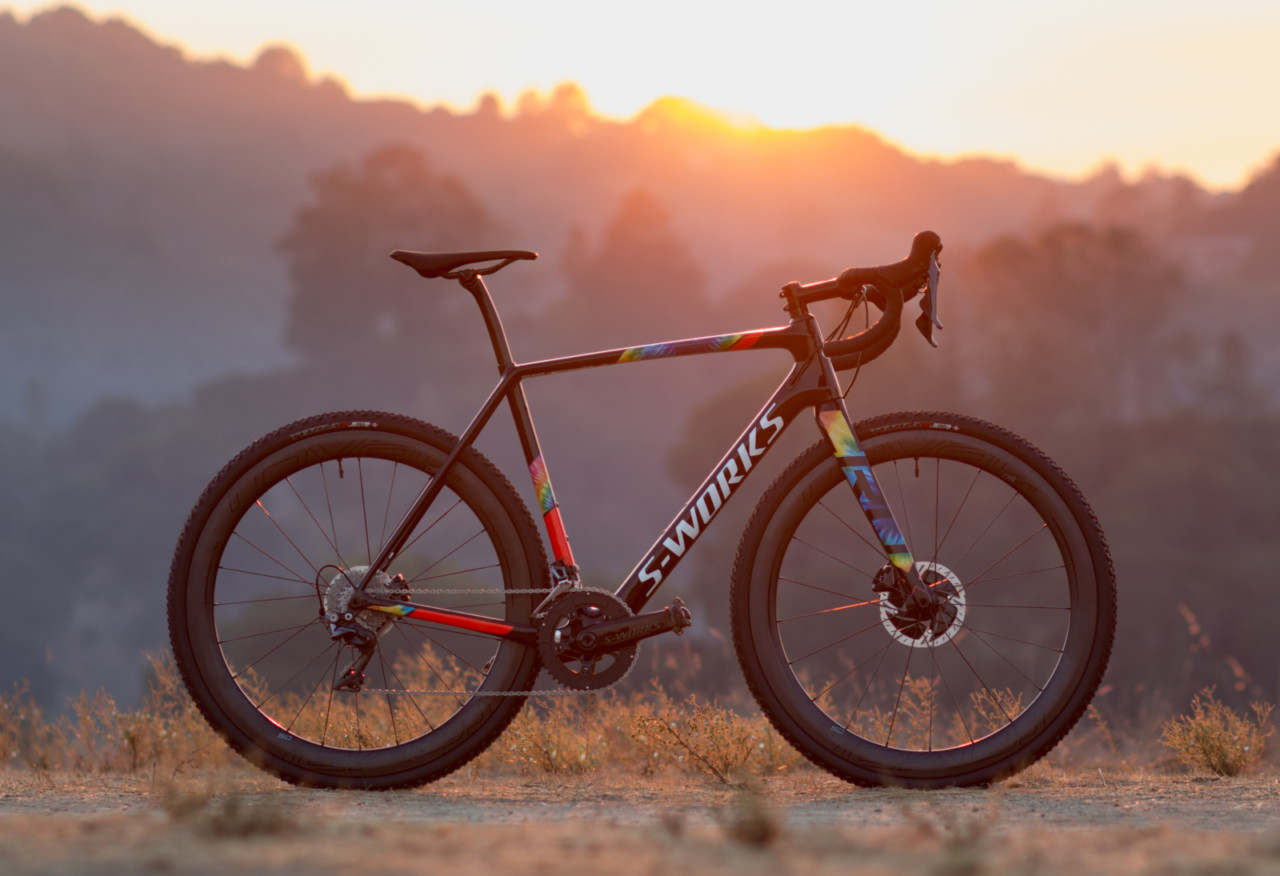 The 2018 Specialized S-Works CruX cyclocross bike, with Shimano Dura-Ace 9100, is a lightweight rocket. © Cyclocross Magazine