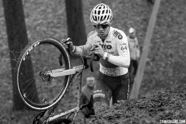 Loris Rouiller navigates one of the several sections where riders had to dismount. 2017 World Cup Namur. © B. Hazen / Cyclocross Magazine