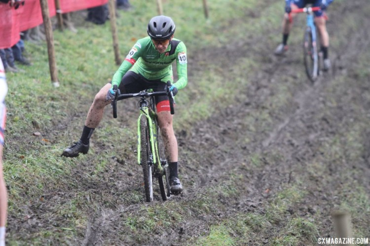 Kaitie Keough got off to a fast start with Lechner. 2017 World Cup Namur. © B. Hazen / Cyclocross Magazine