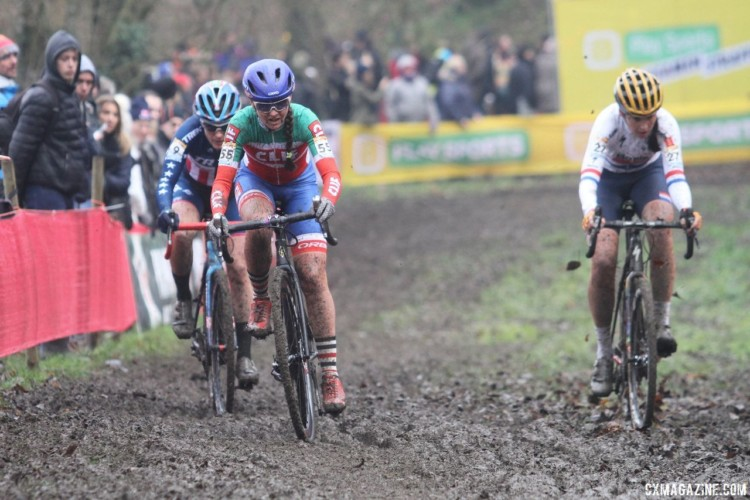 Early on the lead group was Brammeier, Compton and Lechner. 2017 World Cup Namur. © B. Hazen / Cyclocross Magazine