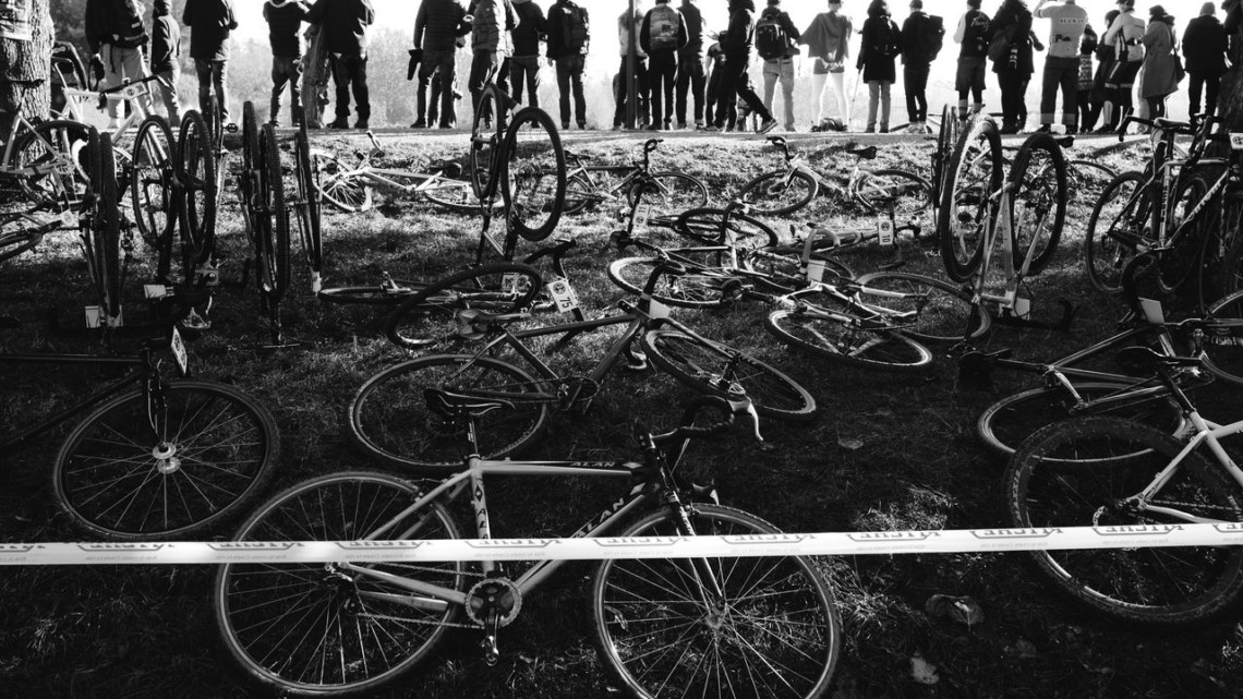 Bikes lay at the ready for the Le Mans-style start. Tip-tied shifters were A-Okay. 2017 SSCXWCITA, Verona, Italy. © F. Bartoli Avveduti / Cyclocross Magazine