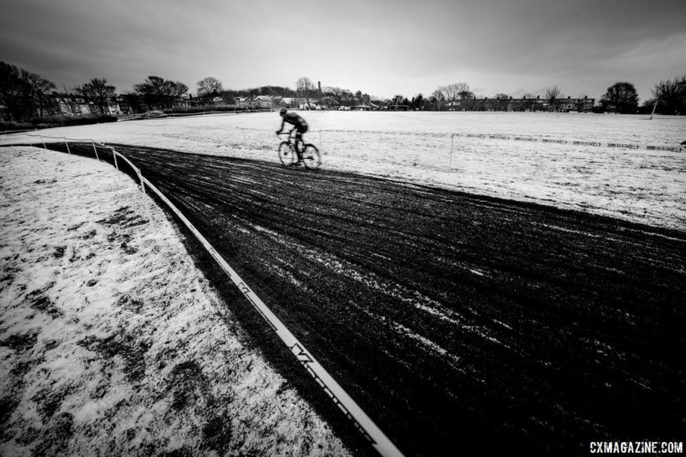 Cold, freezing weather was in order in Bradford, as it was elsewhere over the weekend. 2017 HSBC UK National Trophy Series: Bradford. © C. Morley / Cyclocross Magazine