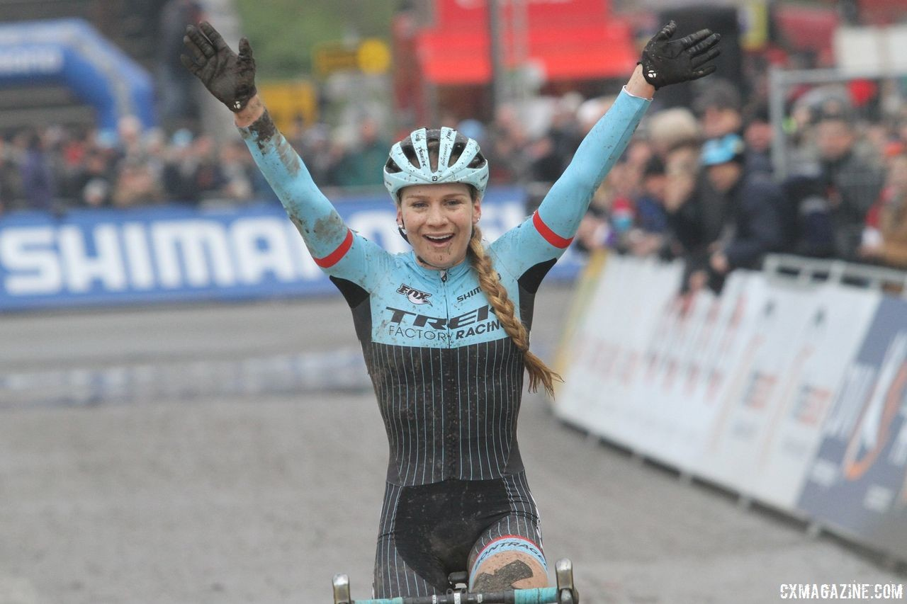 Evie Richards returns to the site of her memorable 2017 World Cup win. 2017 World Cup Namur. © B. Hazen / Cyclocross Magazine