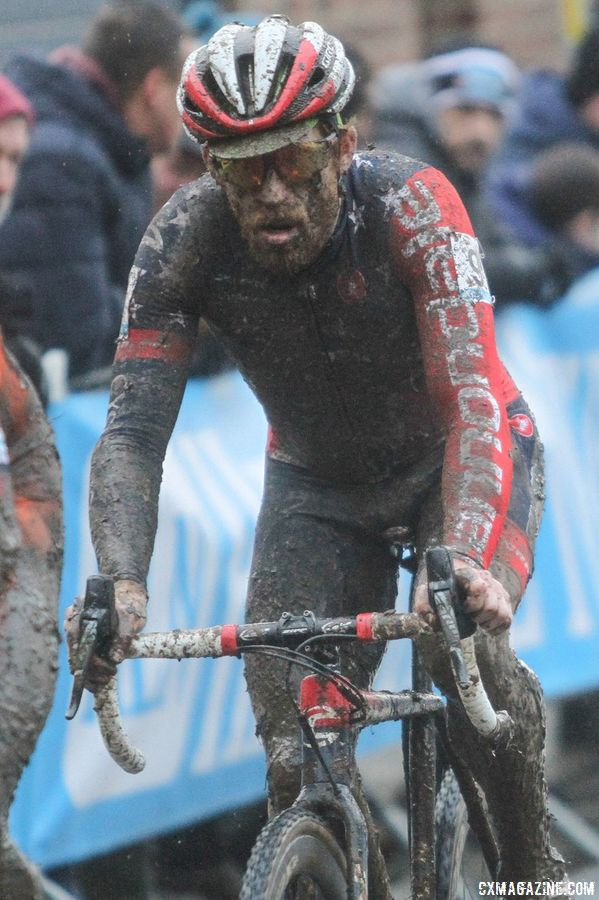 It was a dirty day at the office for Stephen Hyde. 2017 Vlaamse Druivencross. © B. Hazen / Cyclocross Magazine