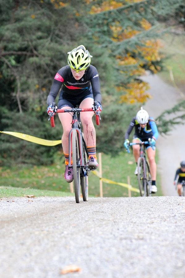 Heidi Franz took home an impressive Elite Women's victory. 2017 MFG Cyclocross Woodland Park. photo: Crofoot Photography