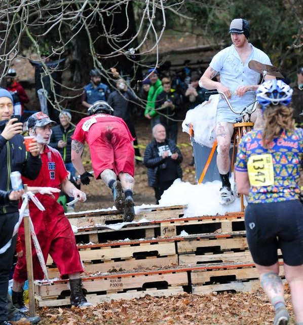 Riders dove headfirst into the challenge of the slip-n-slide. 2017 MFG Cyclocross Woodland Park. photo: Crofoot Photography