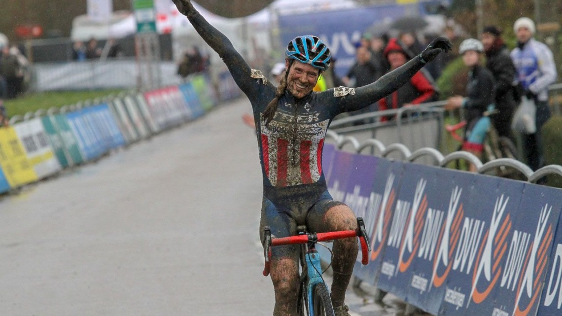 Compton continues her winning ways in 2018 at the GP Sven Nys Baal - Elite Women. © B. Hazen / Cyclocross Magazine