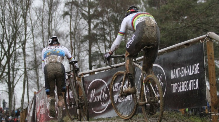 Mathieu van der Poel opted to run this section while Wout van Aert rode it. 2018 GP Sven Nys Baal. © B. Hazen / Cyclocross Magazine
