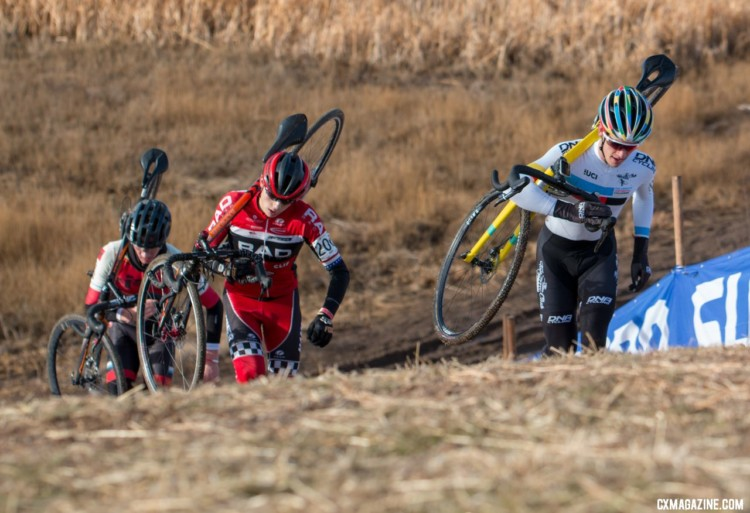 The leaders up the run-up. Junior Men 17-18. 2018 Cyclocross National Championships. © A. Yee / Cyclocross Magazine