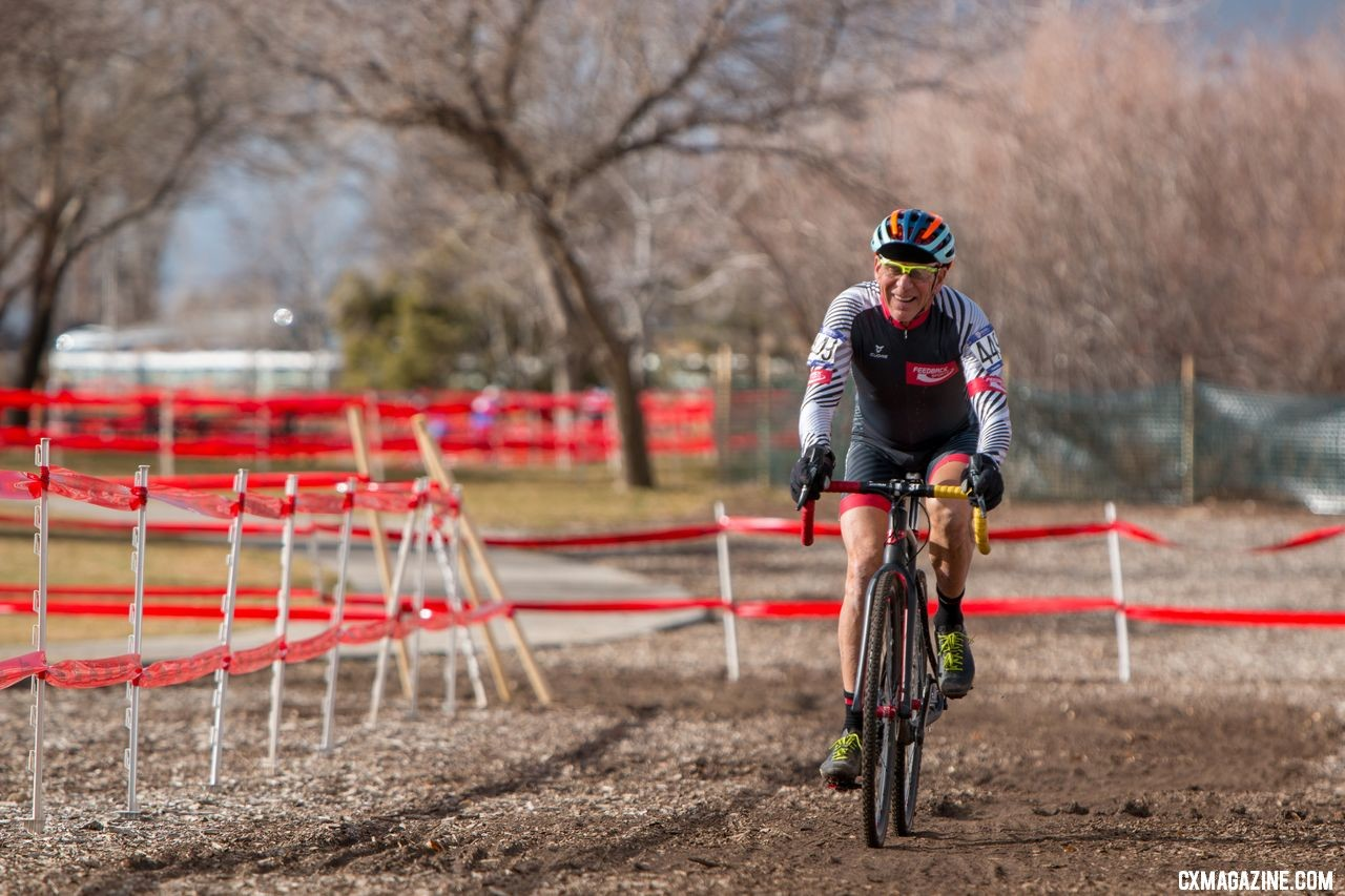 Masters racer and columnist Lee Waldman is still going strong in his late 60s. Masters 65-69. 2018 Cyclocross National Championships. © A. Yee / Cyclocross Magazine