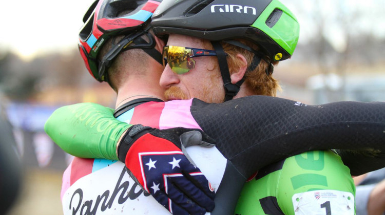 Sportsmanship. Elite Men, 2018 Cyclocross National Championships. © D. Mable/ Cyclocross Magazine