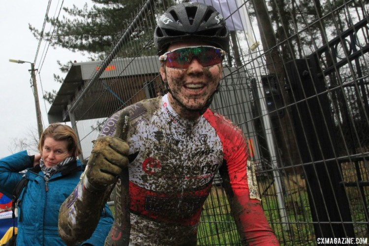 Thalita de Jong was still feeling good after a muddy first race back. 2018 GP Sven Nys Baal. © B. Hazen / Cyclocross Magazine