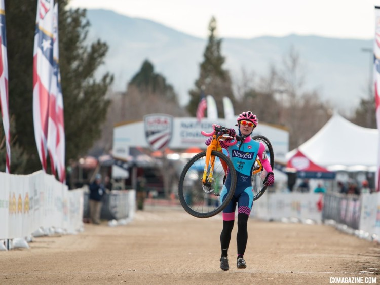 The 35-39 women were willing to finish the race, no matter what it took. Masters Women 35-39. 2018 Cyclocross National Championships. © A. Yee / Cyclocross Magazine