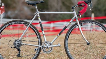 It seems appropriate that Pete Dahlstrand won Masters 80-84 on an Alan cyclocross bike from the 80s. 2018 Cyclocross National Championships. © A. Yee / Cyclocross Magazine
