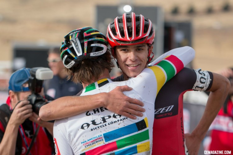 Sportsmanship. U23 Men, 2018 Cyclocross National Championships. © A. Yee / Cyclocross Magazine