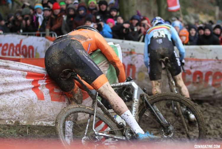 An early mistake by Van der Poel signaled a tough day to come. Elite Men. 2018 UCI Cyclocross World Championships, Valkenburg-Limburg, The Netherlands. © Bart Hazen / Cyclocross Magazine