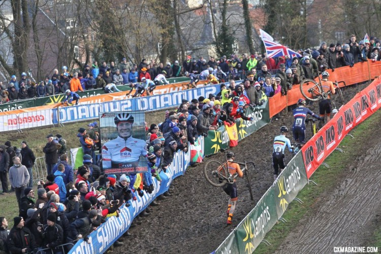 Joris Nieuwenhuis led the way early on. U23 Men. 2018 UCI Cyclocross World Championships, Valkenburg-Limburg, The Netherlands. © Bart Hazen / Cyclocross Magazine