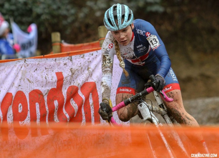 Evie Richards bombed the descents and sprinted up the climbs. U23 Women. 2018 UCI Cyclocross World Championships, Valkenburg-Limburg, The Netherlands. © Bart Hazen / Cyclocross Magazine