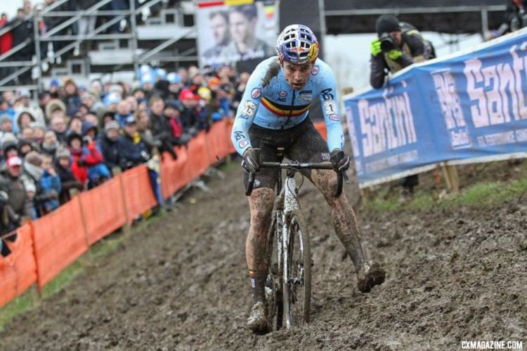 Wout van Aert kicks his way through the slick off-camber. Elite Men. 2018 UCI Cyclocross World Championships, Valkenburg-Limburg, The Netherlands. © Bart Hazen / Cyclocross Magazine