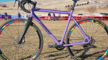 The El Martillo CX is Ventana's alloy cyclocross bike. Ventana builds frames for Squid and other companies in addition to offering its own customizeable builds. Hope Crockell's Junior 13-14 Ventana El Martillo CX, 2018 Cyclocross National Championships. © C. Lee / Cyclocross Magazine