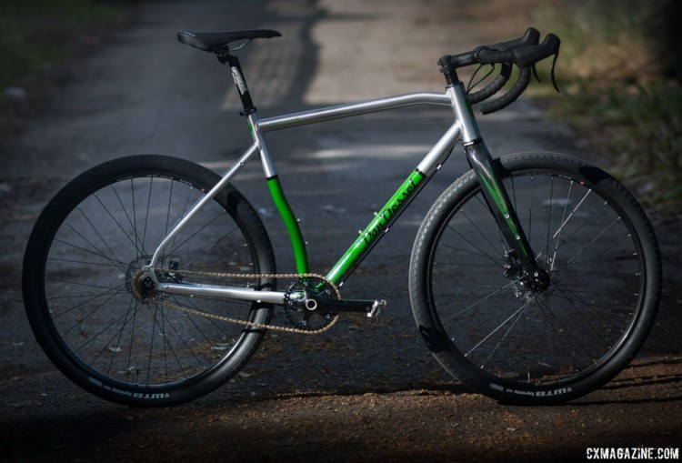 The 2018 Van Dessel Country Road Bob singlespeed cyclocross / gravel bike keeps its ancestor's curves and green, but adds modern features like thru axles, disc brakes and an eccentric bottom bracket. © Cyclocross Magazine