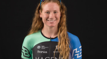 Lily Williams is racing road for Hagens Berman - Supermint in 2018. photo: Snowy Mountain Photography