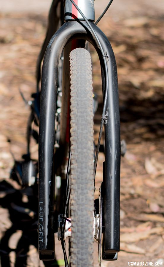 The Grit has ample clearance, with room for tires up to 40mm in width. Lauf Grit suspension fork. © C. Lee / Cyclocross Magazine